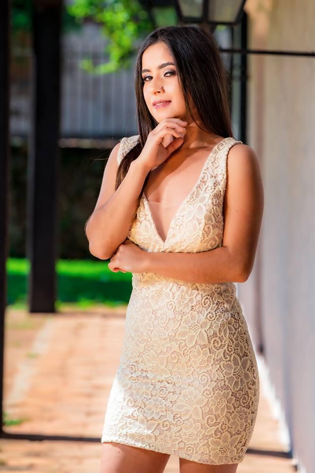 Candidata Nº 5 - NORA ANDREA CAMPUZANO TALAVERA, edad 20 años