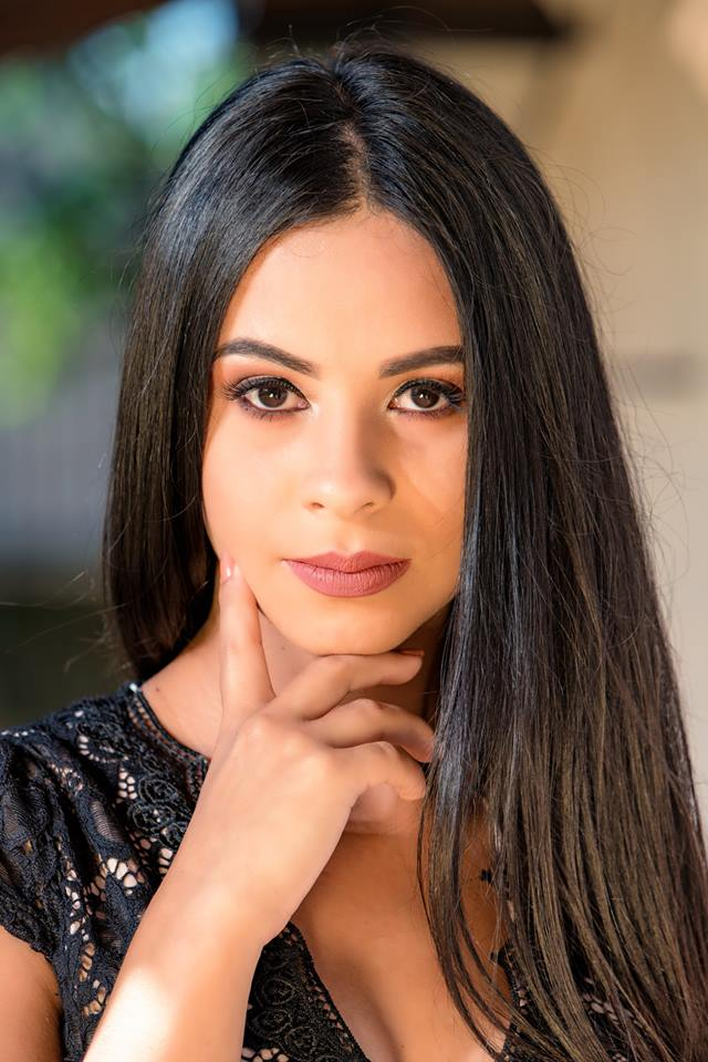 Candidata Nº 6 - PAMELA AMADA ESPINOLA CABALLERO, edad 20 años