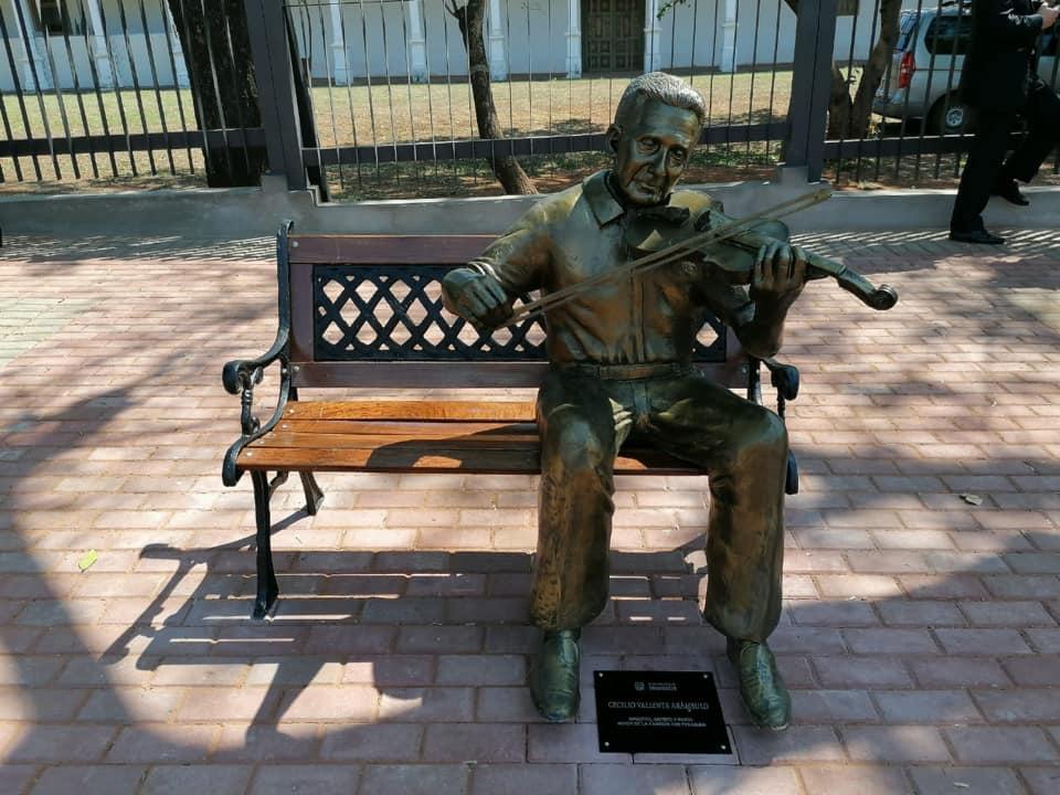 Músico Cecilio Valiente Arámbulo